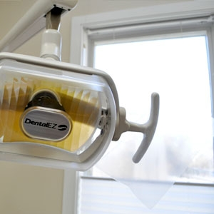 Dr. Jeffrey Mercando's office boasts comfortable exam rooms with the best in dental technology.